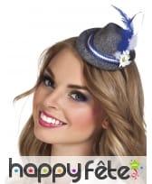 Mini chapeau gris de bavarois avec plume