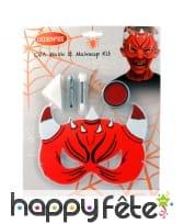 Maquillage de diable avec masque pour enfant