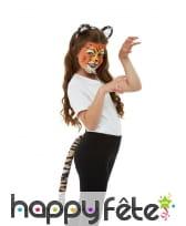 Maquillage de tigre queue et oreilles pour enfant