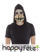 Masque intégral de démon aux grandes dents