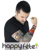 Manche tatouages dragon de yakouza