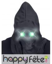 Masque visage caché avec yeux lumineux verts