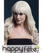Perruque bouclée blonde avec frange. 66cm
