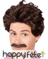 Perruque brune de presentateur 70' avec moustaches