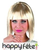 Perruque carré court blonde argenté avec frange