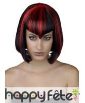 Perruque carré noir et rouge, frange en pointe