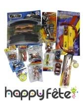 Paquet de 15 jouets garcons assortis
