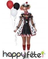 Robe de clown sinistre avec manches en voile