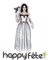 Robe de mariée fantôme avec voile