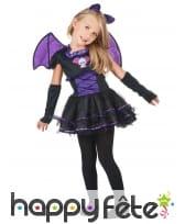Robe de petite chauve souris noire et violette