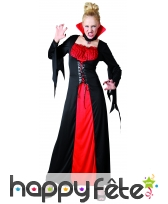 Robe de vampire avec grand col