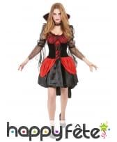 Robe de vampire rouge et noire avec voile