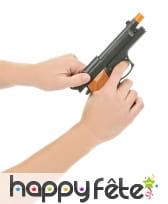 Revolver et grenade en plastique, image 2
