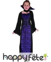 Robe noire de petite vampire imprimé têtes de mort, image 3
