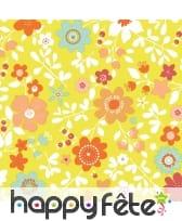 Serviettes colorées et fleuries