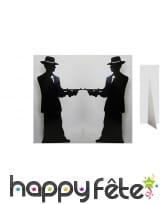 Silhouette de gangsters en face à face