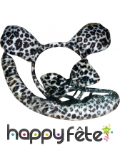 Set de léopard. Serre tète, noeud et queue