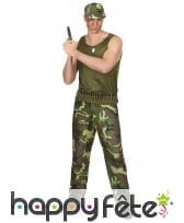 Tenue camouflage de militaire pour homme