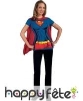 T-shirt de supergirl avec cape