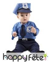 Uniforme de petit policier pour bébé
