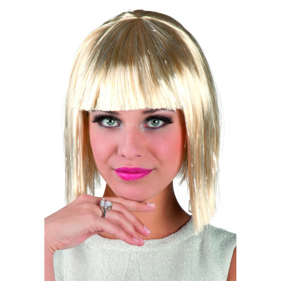 Carre blonde latest coupe au carr blonde bob haircut with carre blonde perruque coupe au carr - Carre plongeant court blond ...
