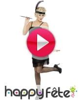 vidéo Déguisement jeune fille délurée sexy